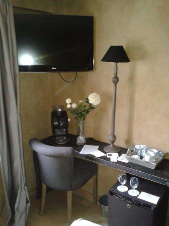 Charme & Business Hotel Lyon: chambre