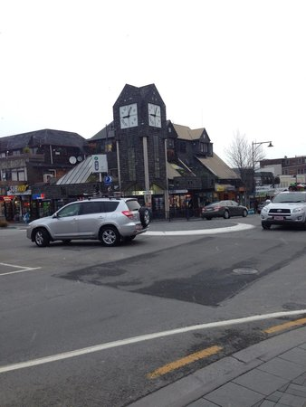 Whistler Holiday Apartments: Wonderful Snow in the Town Centre.