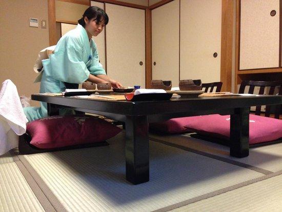 Kyoto Garden Ryokan Yachiyo: kaiseki-ryōri (懐石料理)