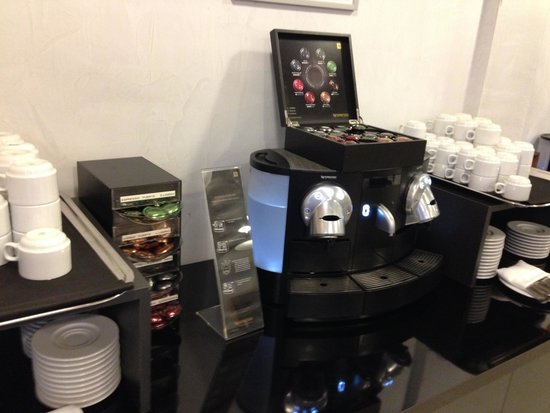 Ayre Hotel Caspe: Breakfast