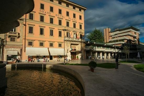 View Of The Piazza Del Popolo Montecatini Picture Of Grand Hotel Plaza Locanda Maggiore Montecatini Terme Tripadvisor