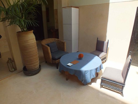 Riad 72: A courtyard table for food service