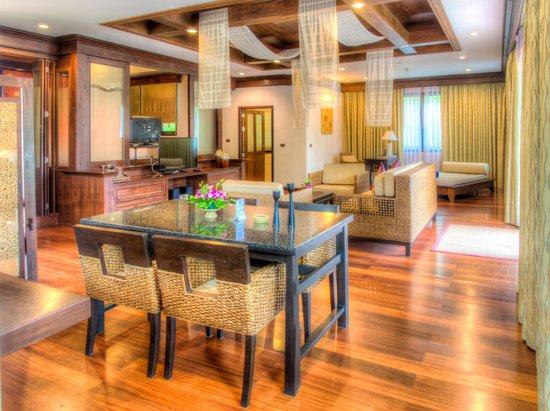 Alpina Phuket Nalina Resort & Spa: villa