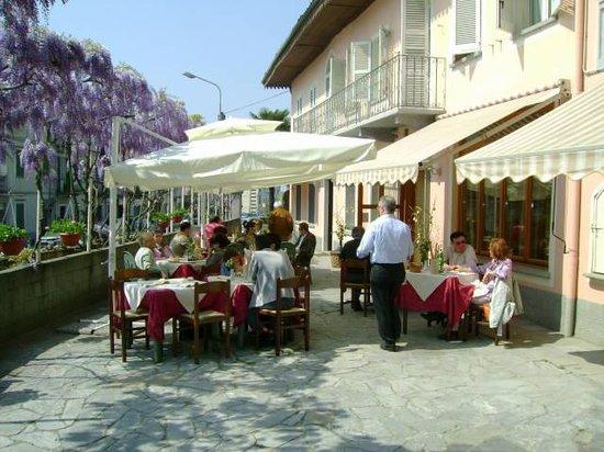 Viver One Restaurant & Pizza : Dehor