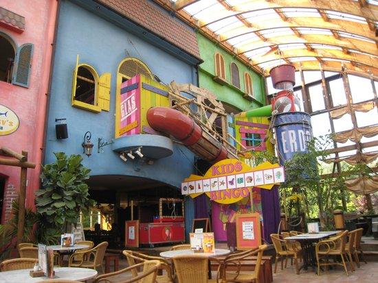 Center Parcs Park Nordseeküste: Place de jeux intérieur / snack