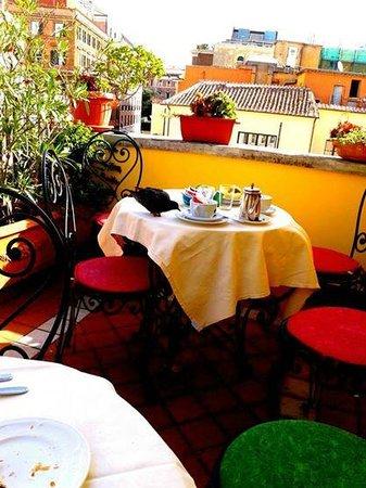 Hotel Cinquantatre: Desayunador