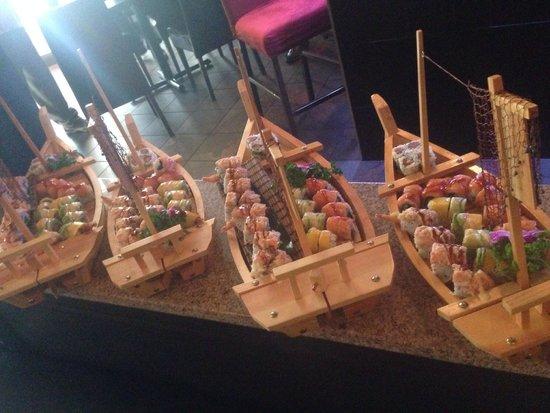 Tsunami Sushi & Hibachi Grill: Sushi