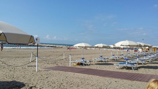 Ca'Pasquali Village: The Beach