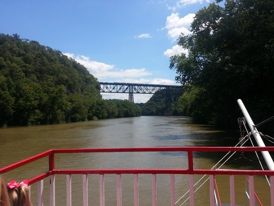 Dixie Belle Riverboat Rides: Highbridge