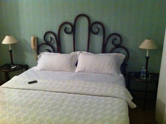 Hotel Le Cambronne : Camera matrimoniale