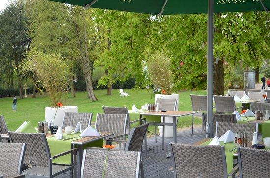 Best Western Plus Parkhotel Velbert: Terrasse