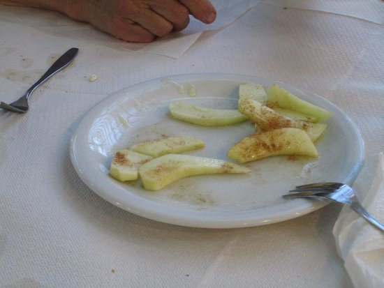 Aegean: Complimentary apple slices with honey and cinnamon