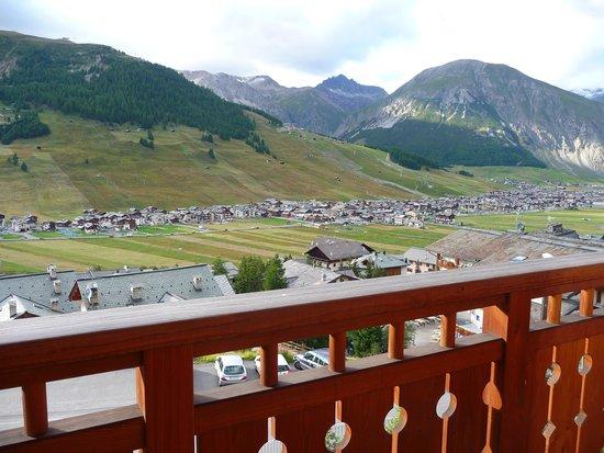 Vista dal terrazzo della camera da letto principale foto for Piani di aggiunta della camera da letto principale