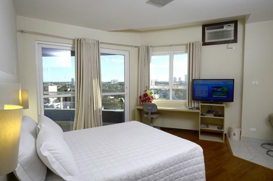 Golden Blue Hotel Express