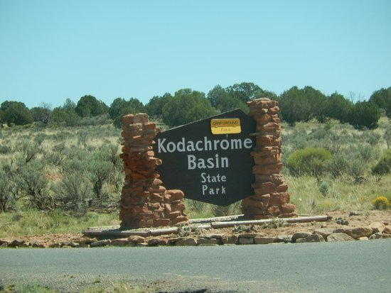 Kodachrome Basin State Park: Entering Welcome Sign