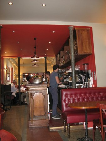Le bar photo de restaurant miroir paris tripadvisor for Miroir paris france