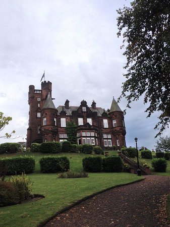 Sherbrooke Castle Hotel: Castle and front grounds - August 2014