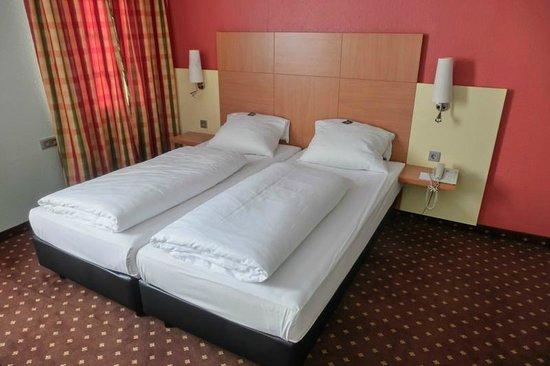 attimo Hotel Stuttgart: Doppelzimmer