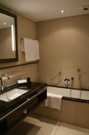 nice bathroom although poor for 5 star hotel picture of the europe rh tripadvisor ie 5 star hotel bathrooms pictures