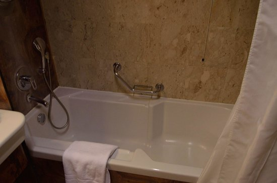 Milan Marriott Hotel: bathroom