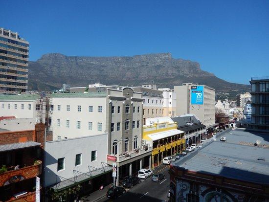 Urban Chic Boutique Hotel: vista table mountain