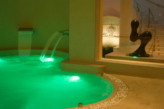 Healthouse Las Dunas Beach Hotel and Spa: Naturhouse Spa indoor pool