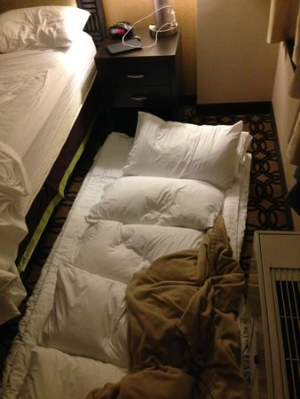 Fairfield Inn & Suites New York Midtown Manhattan/Penn Station: Consecuencias de Overbooking