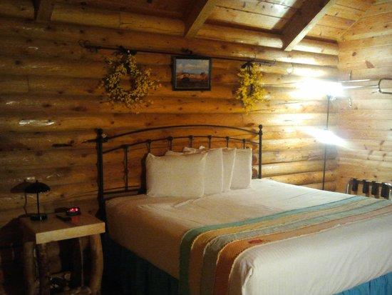Bryce Canyon Log Cabins: La Nostra Camera