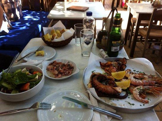 Koukos: Sea food plate for two