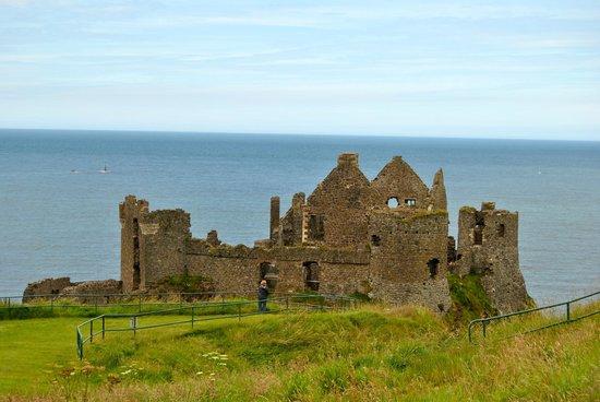 Dunluce Castle: .