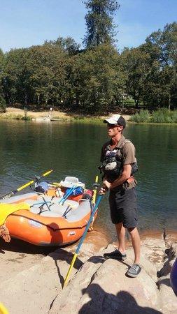 Noah's River Adventures: Initial descriptions. Listen to your raft guide!