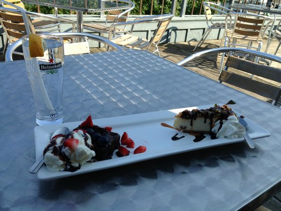 Fifty Point Conservation Area: Brownie and Cheesecake!