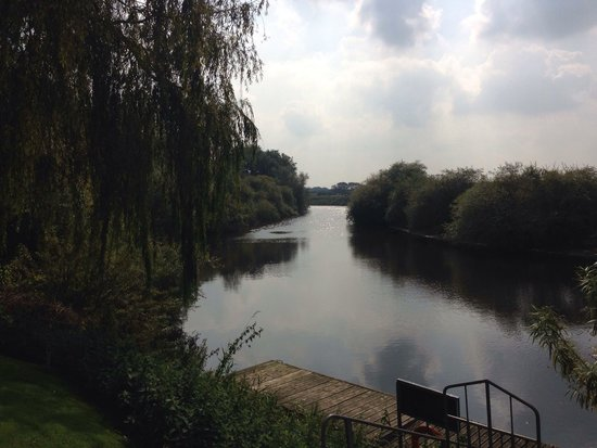 The Dawnay Arms: The view of the river from the pub garden