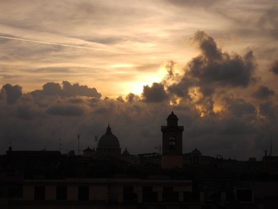 Hotel Nazionale: Sunset over The Vatican from our window