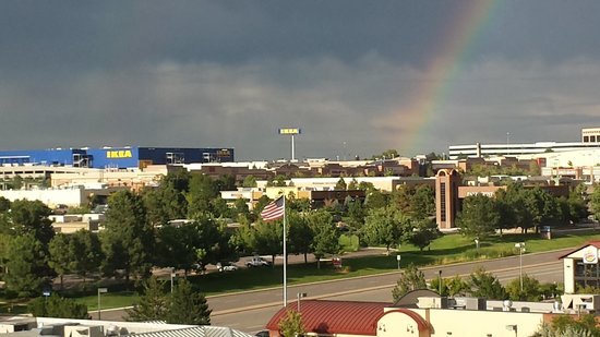 Hyatt Place Denver-South/Park Meadows: No gold at the end of a rainbow, just IKEA