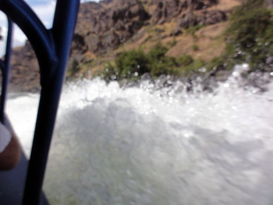 Killgore Adventures Hells Canyon Jet Boat Trips & Fishing Trips : Three 400-hp engines smooth out the rapids