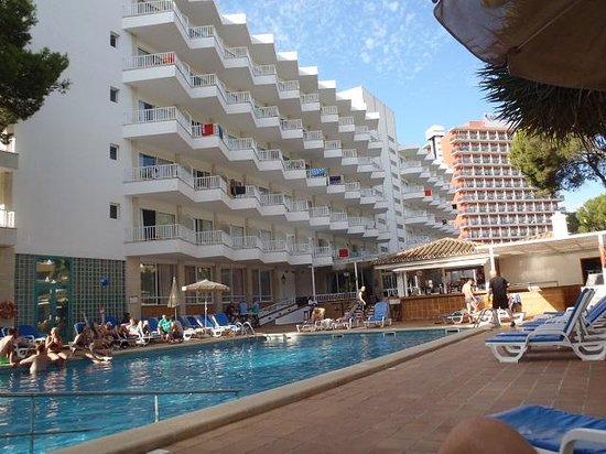 هوتل ريو كونكورديا - أول إنكلوسف: pool view