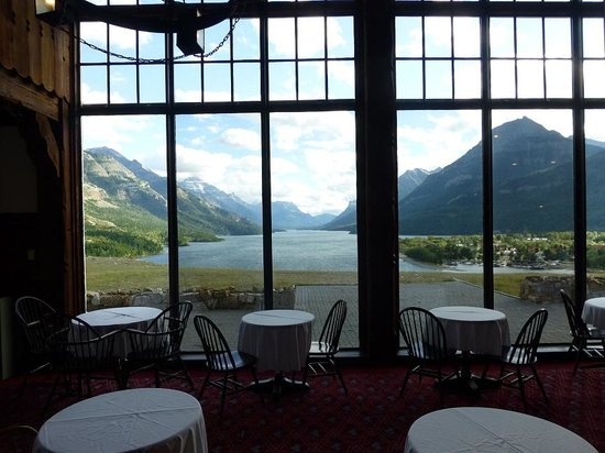 Royal Stewart Dining Room : Beautiful views