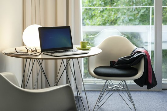 Ibis Styles Brussels Louise: Wifi Included