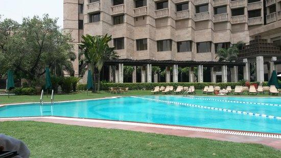 Hyatt Regency Delhi: Poolside