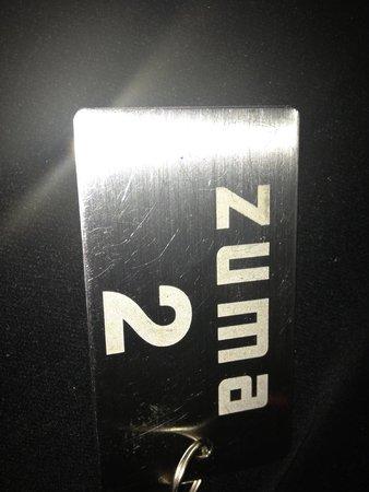 Zuma: Plate for coats
