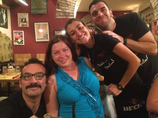 Cantina & Cucina: Friends