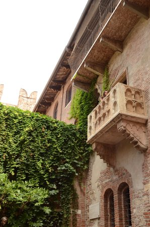 Casa di Giulietta: balcone casa giulietta