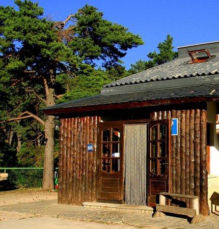 Hostal-Restaurante Pous de La Neu