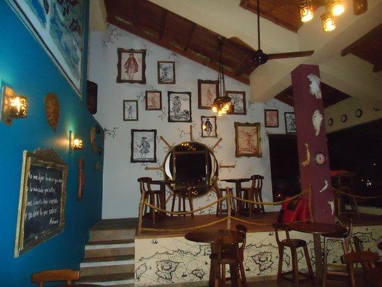 El Viajero San Andres Hostel & Suites: Comedor
