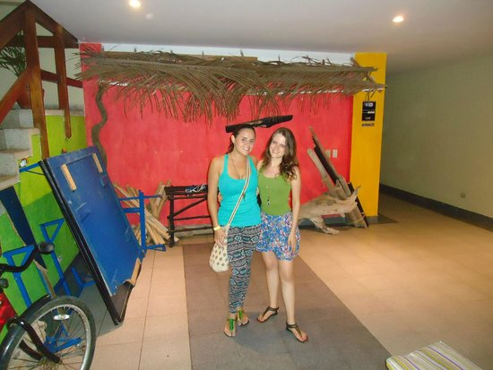 El Viajero San Andres Hostel & Suites: Pasillos
