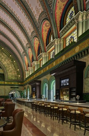 St. Louis Union Station - a DoubleTree by Hilton Hotel: Lobby Bar