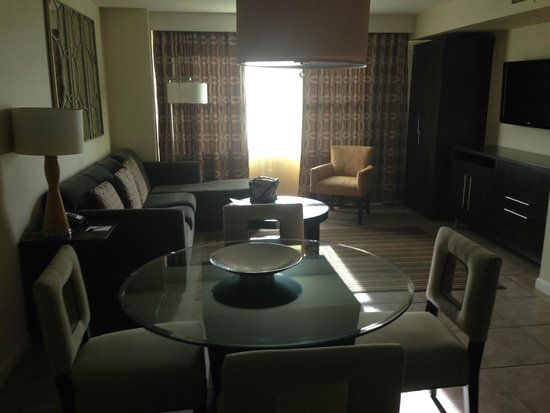 The Grandview at Las Vegas: Living Room Area