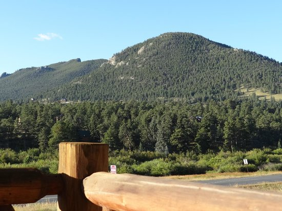 Alpine Trail Ridge Inn: View from our balcony, room #129