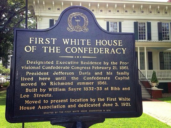 Montgomery, AL: Historical marker in front of house.